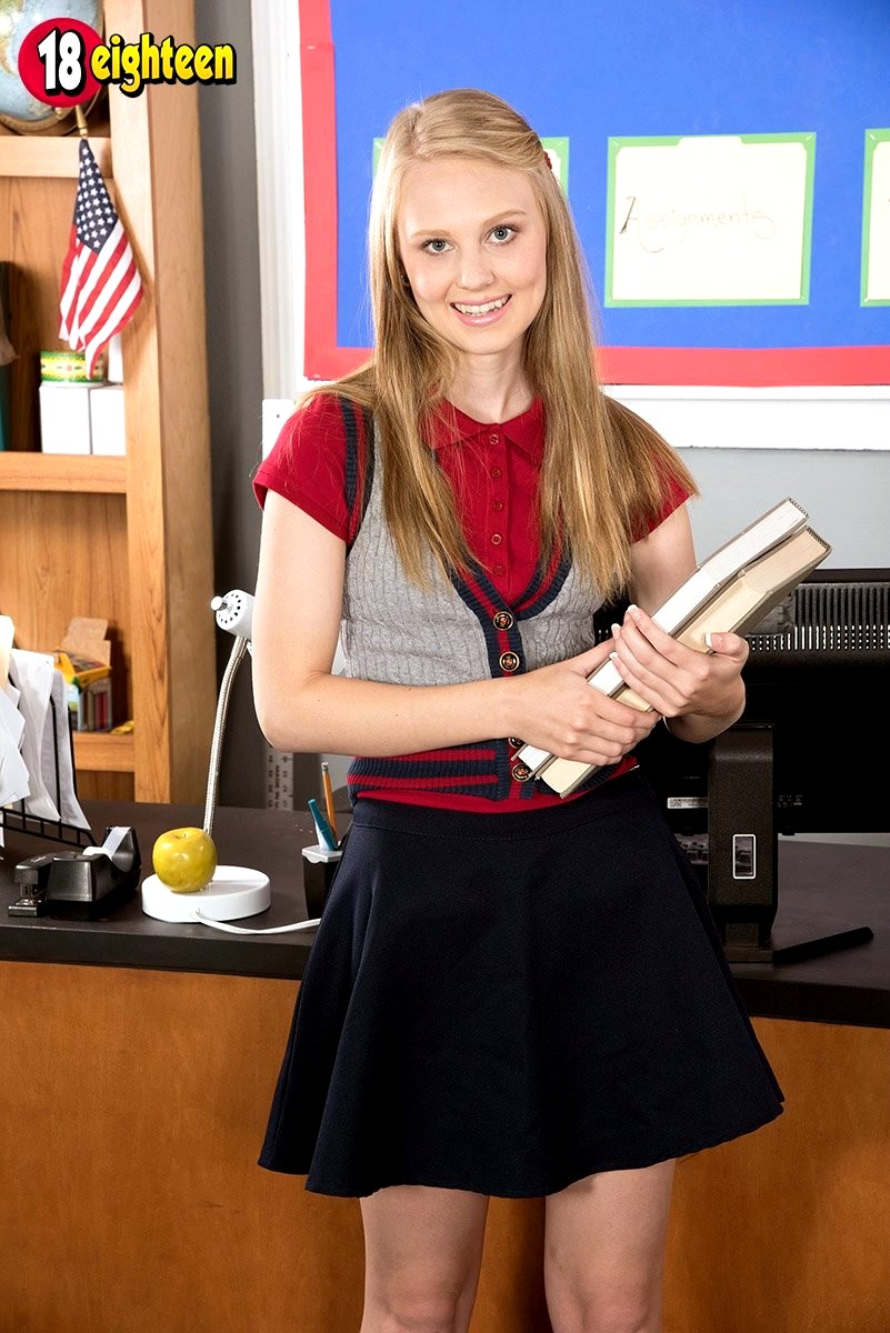 18 Eighteen Lily Rader Sexual Teacher Porncam Sex HD Pics