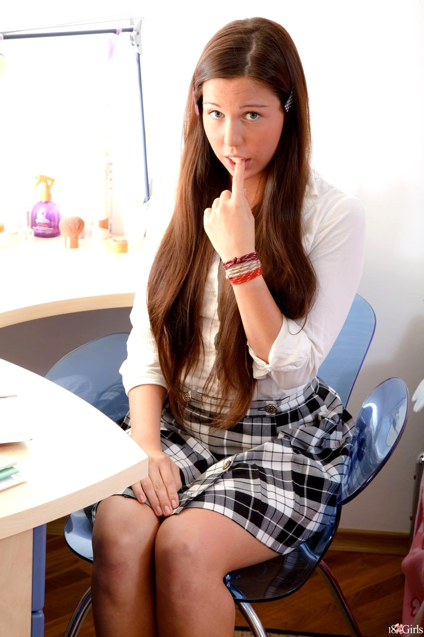 hardcore teen schoolgirl porn