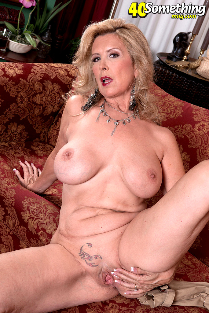 Laura layne nackt