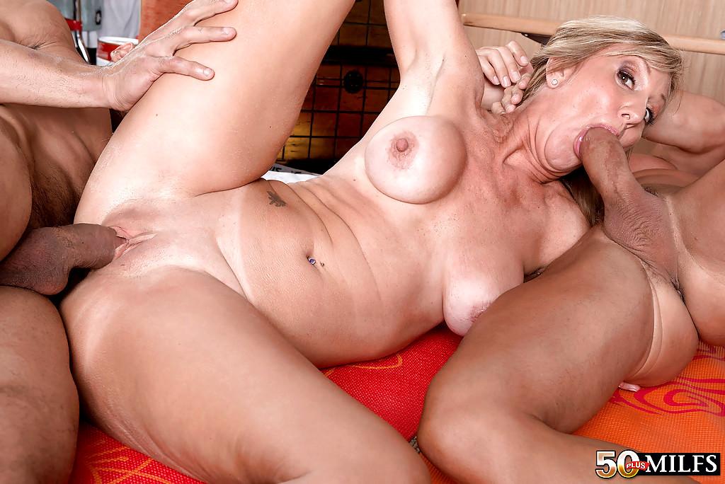 50 Plus Milfs Jenna Covelli Top Saggy Tits Tube Sex Hd Pics-8036