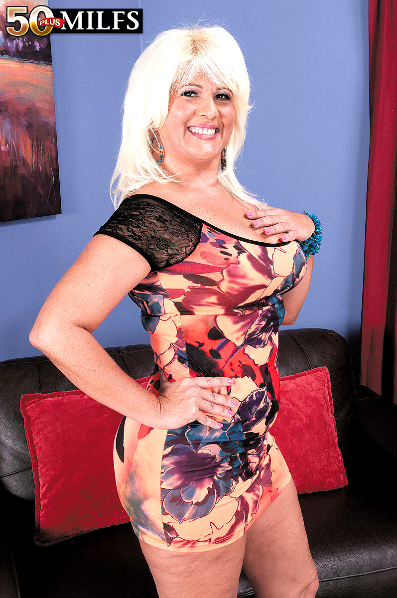 50 Plus Milfs Lori Suarez Emotional Mature Black Mathers -8787