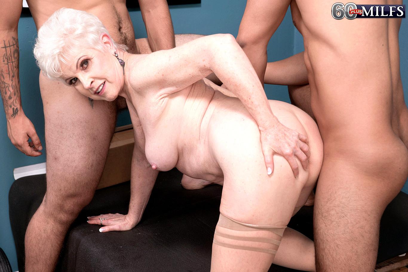 Homemade naked gf