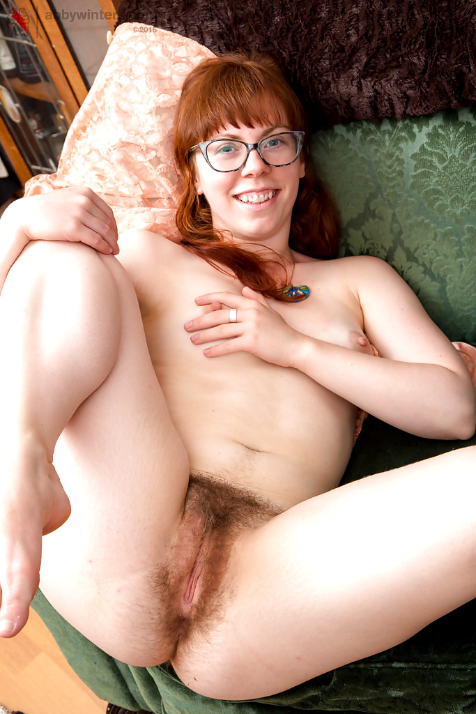 Amateur suck with glasses 10