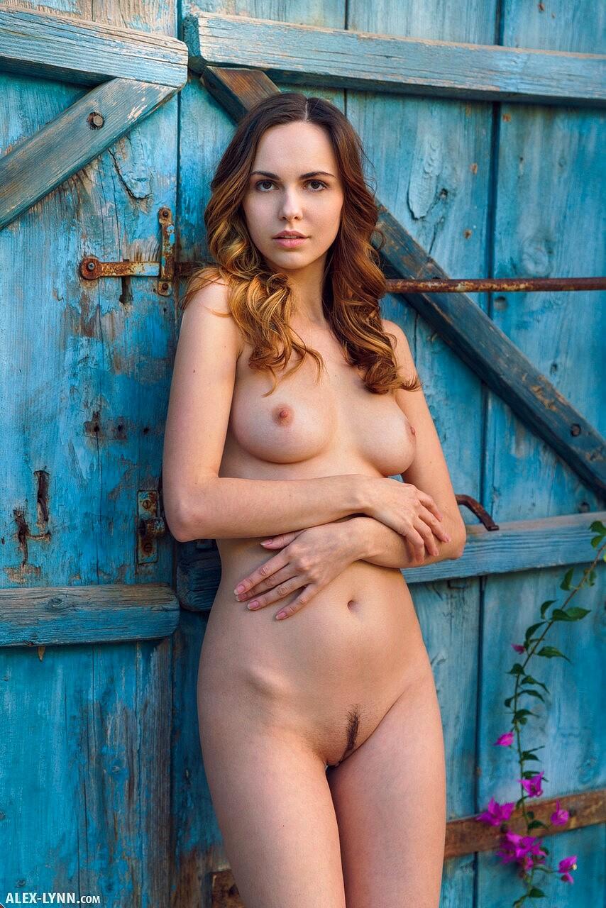 Alex Clark Nude Viraltags