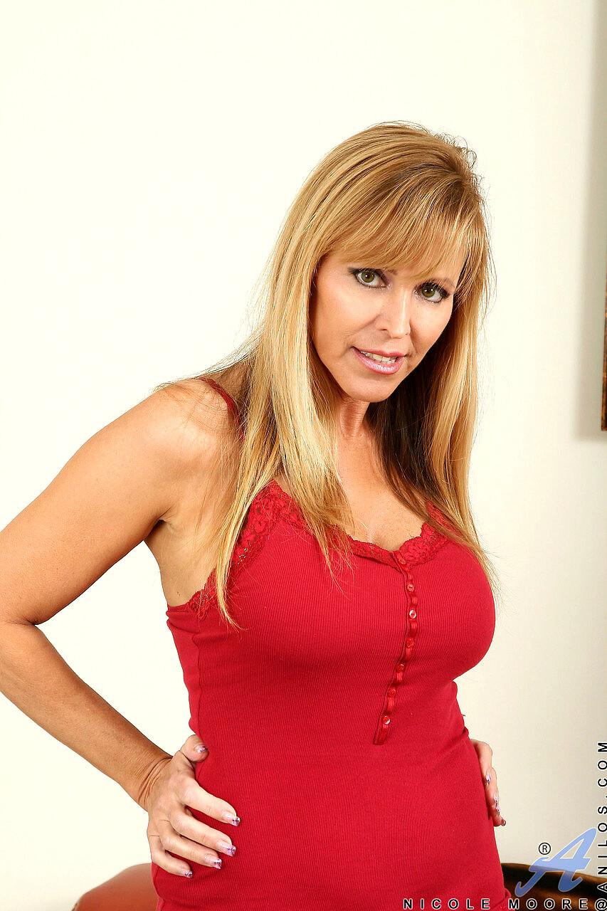 Sex HD MOBILE Pics Anilos Nicole Moore Premium Amateur Fux