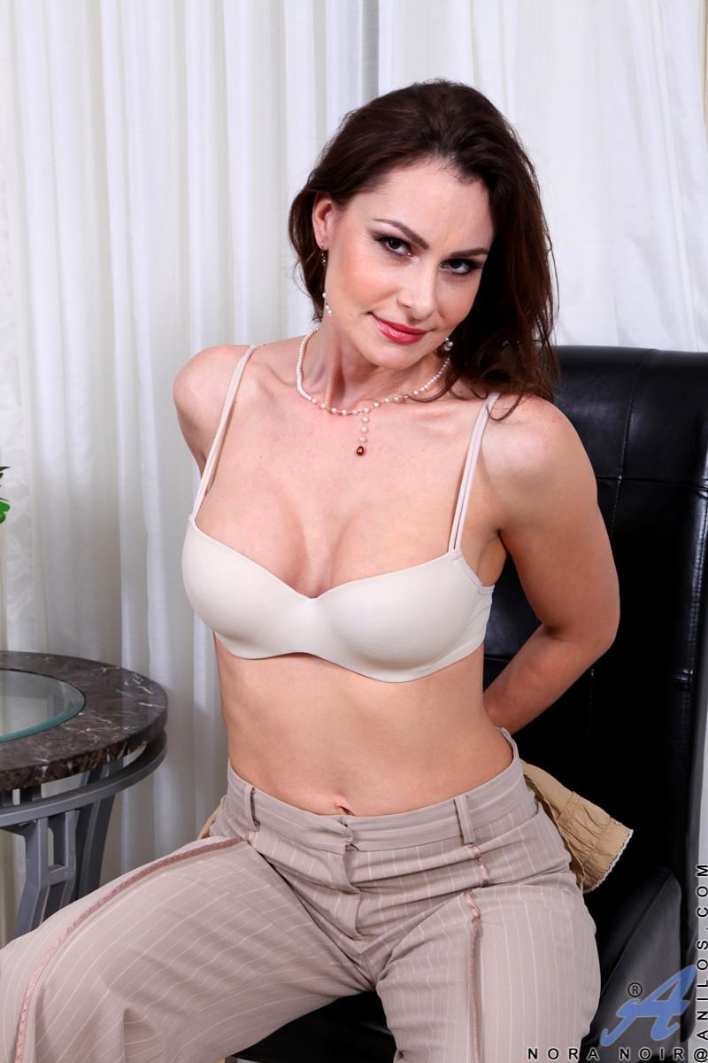 Nora Porno