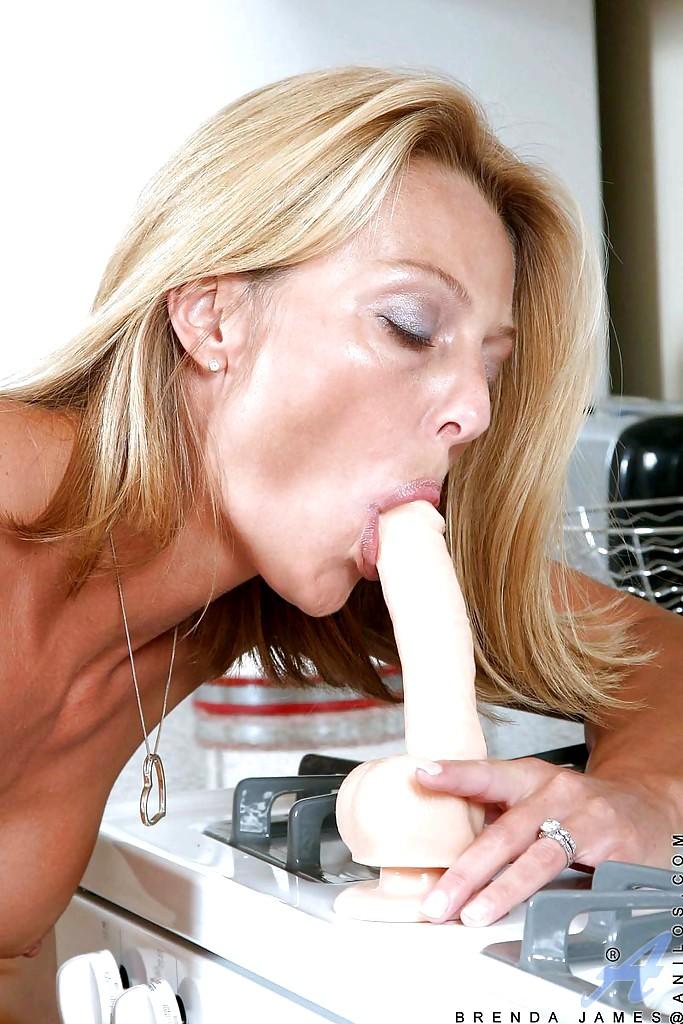 фото голодания спермы зрелых женщин