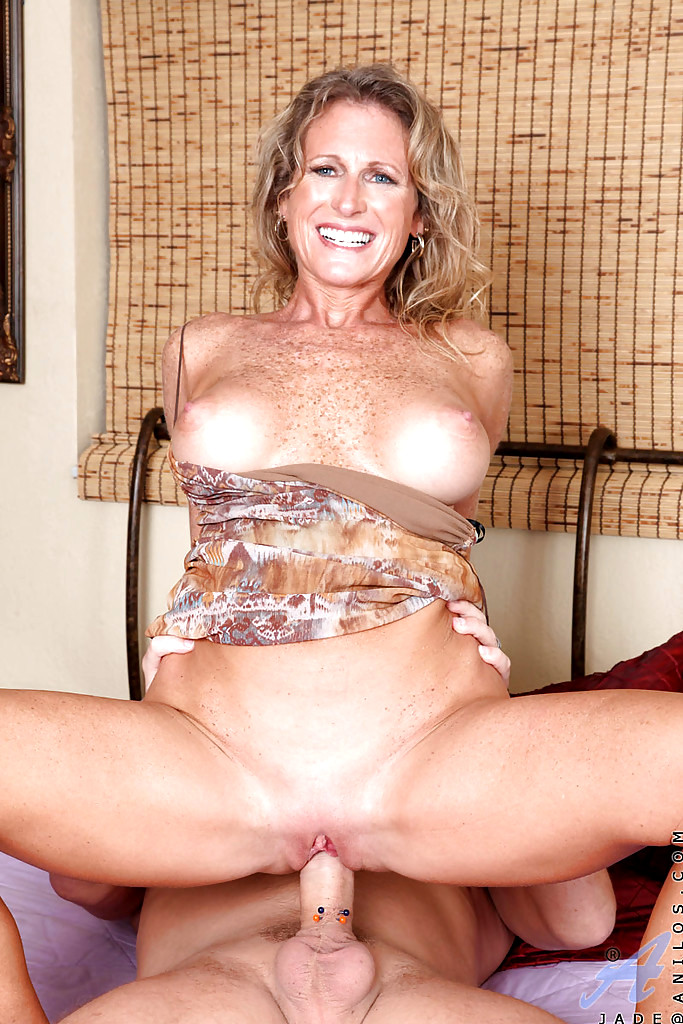 Jade Anilos Mature Women