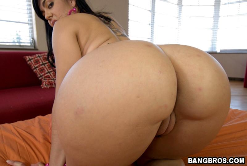 Olivia o lovely ass parade