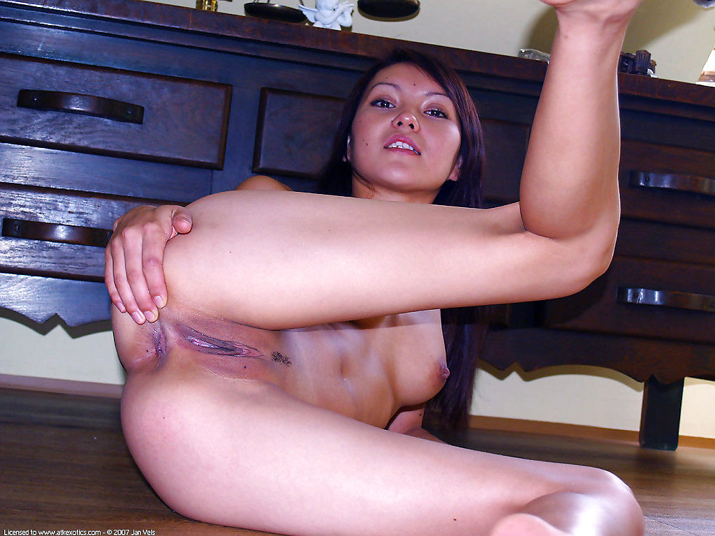 Latina virgin amateur #7