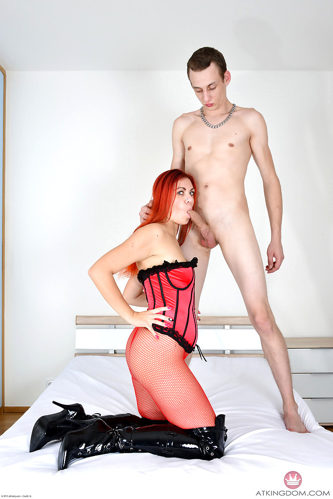 image Corazon del angel hairy pussy and heels