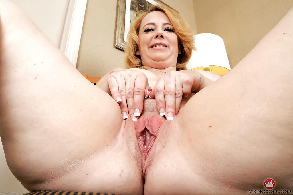 Ella Knox Pussy Shaved Labia Tits Fucking Images HQ