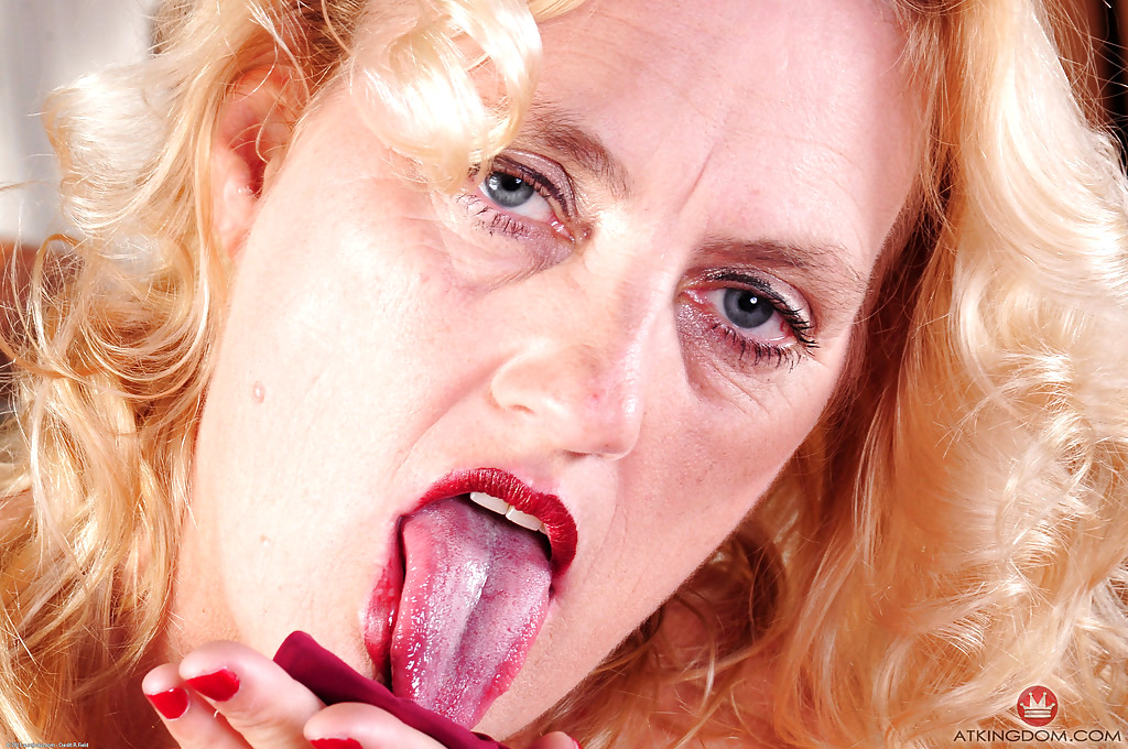 sexhd gallery auntjudy lady dalbin international blonde sexgirl lady dalbin 12