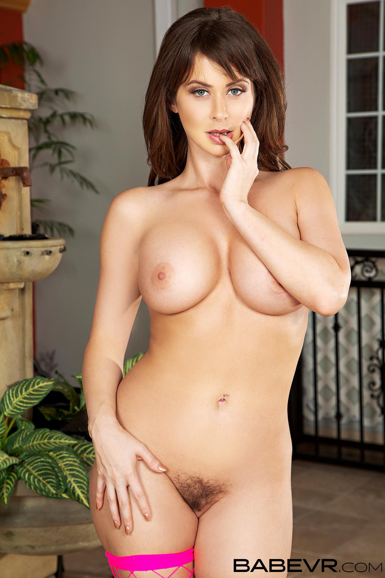 Emily Addison Hd