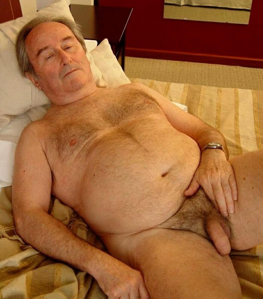 Старый с молодой  Похотливоcom  порно видео онлайн