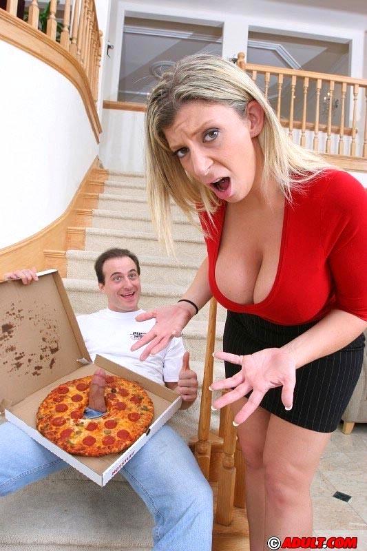 Sara jay pizza