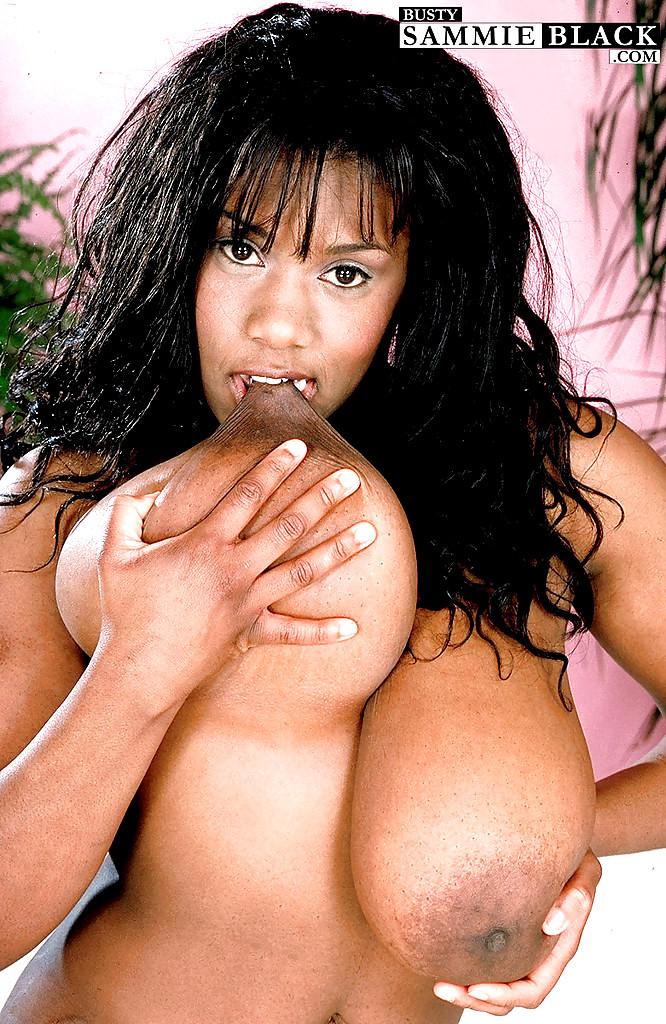 Naked wet latina girls