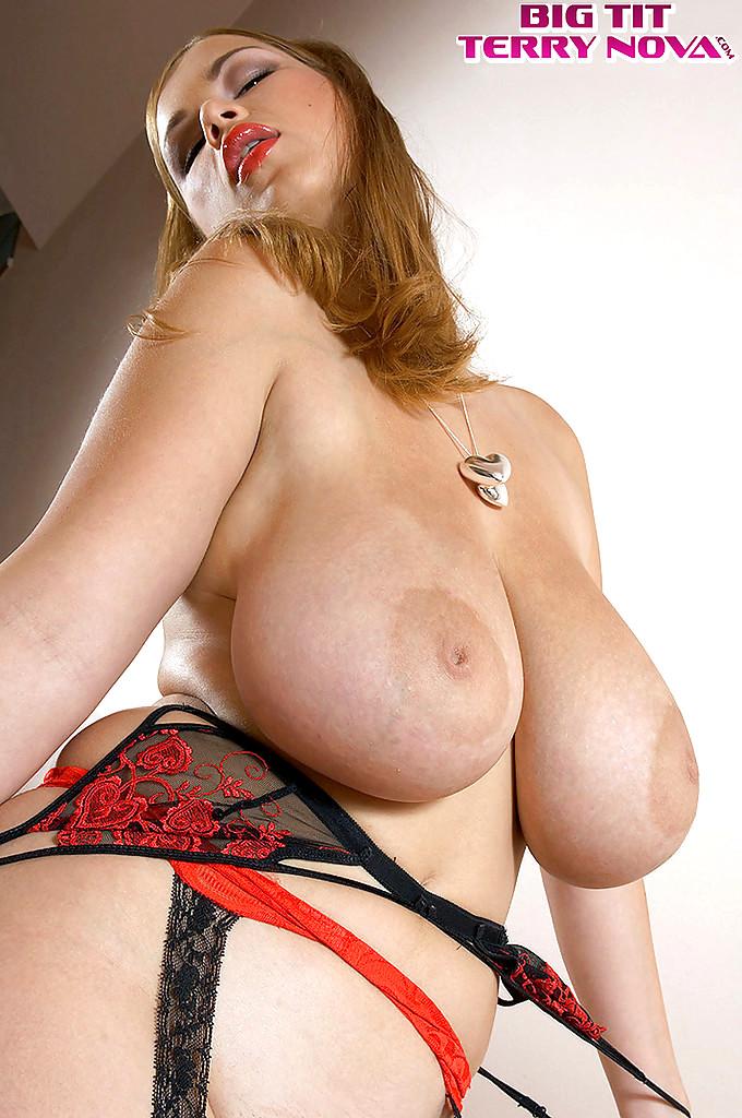 Huge tits hooker-4768