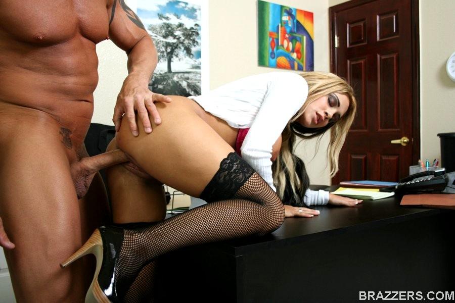 blonde-having-sex-in-office-sara-sex-fake