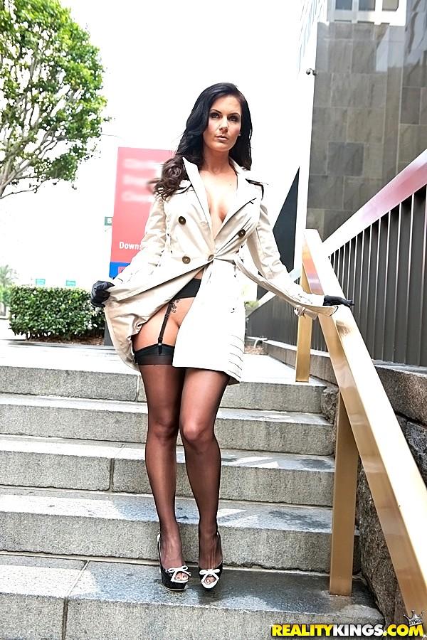 Big Tits Boss Phoenix Marie Wednesday Ass Mobilepicture Sex HD Pics