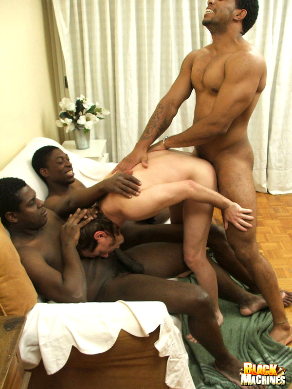 black nude vista