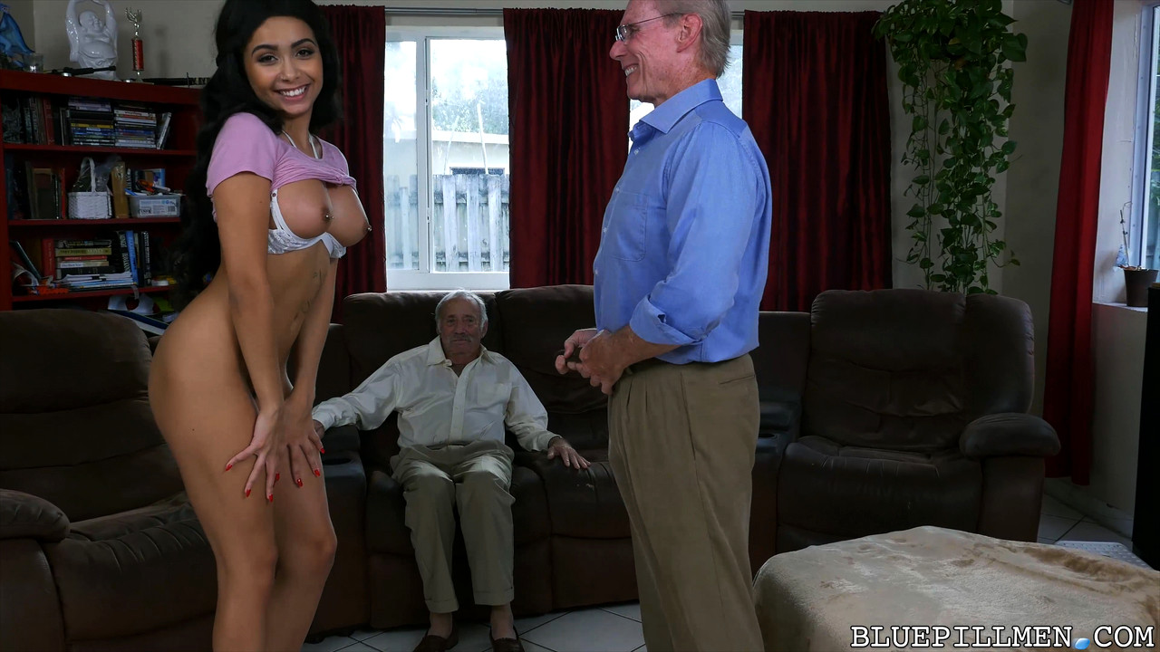 Asian shemale ass porn pics