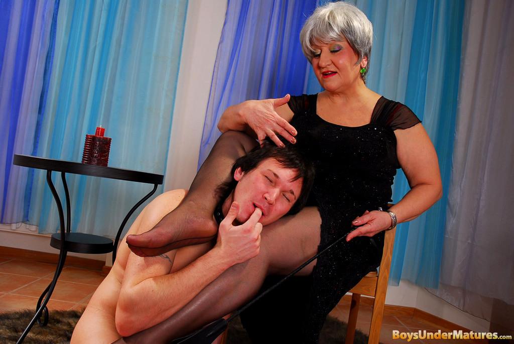 Бабушка госпожа порно фото 98438 фотография