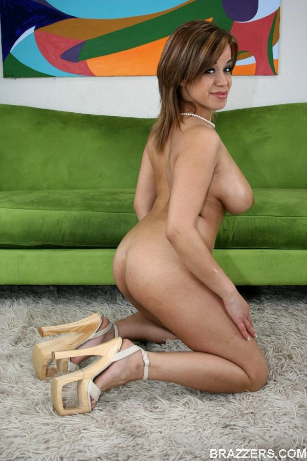 Brunette porn photo featuring whitney stevens, chavon taylor and drew butterfly
