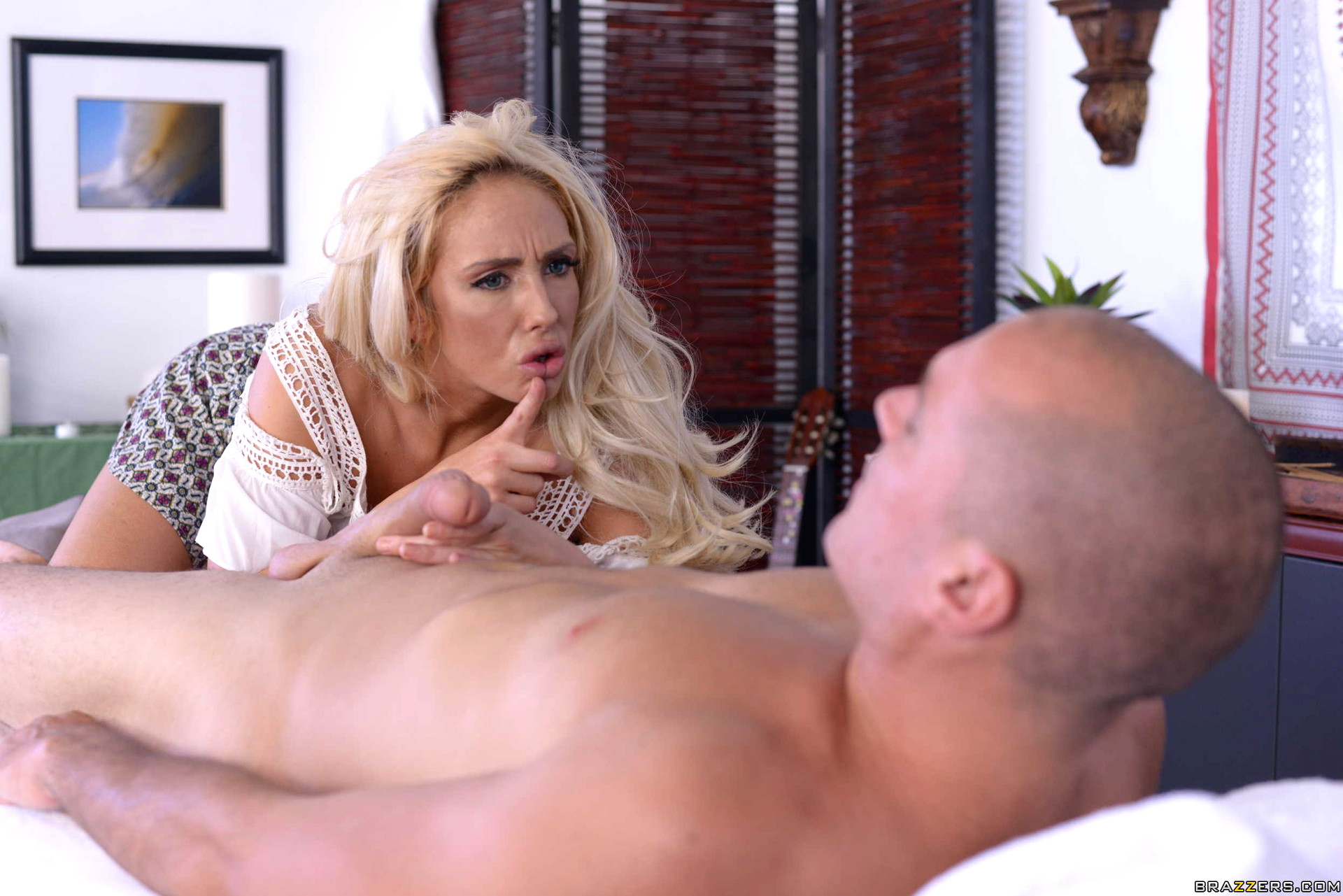 Порно с оливией фокс