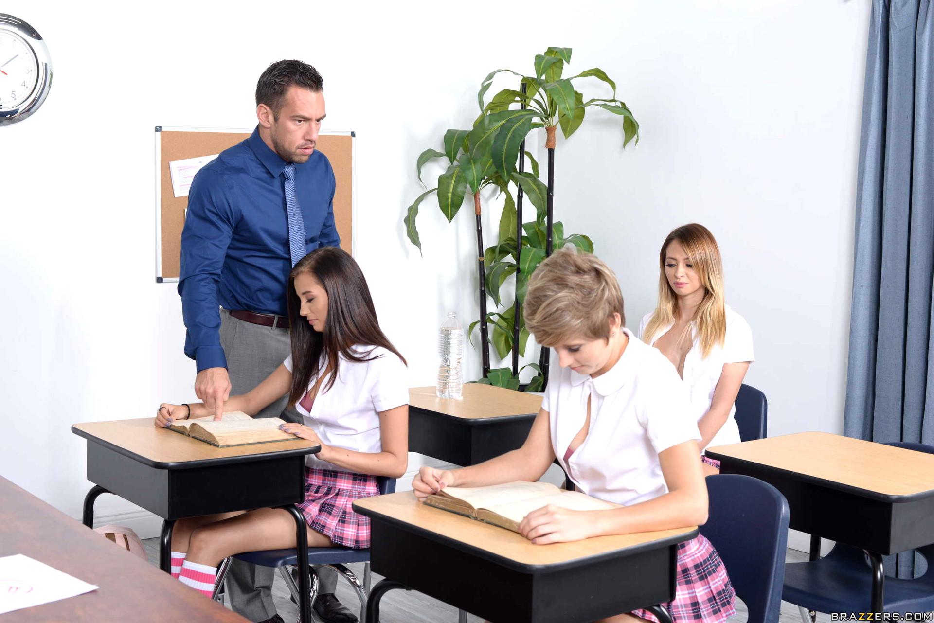 Schoolgirl porn pictures-4549