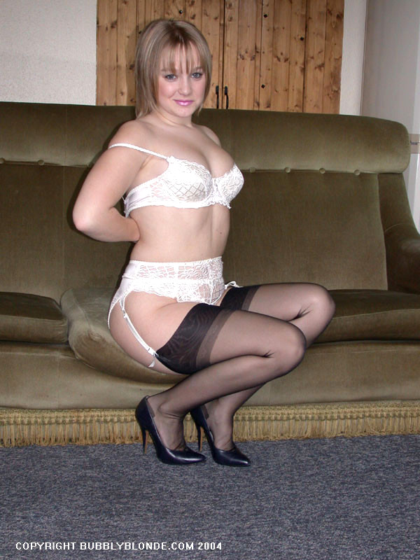 Naked ariana grande having sex