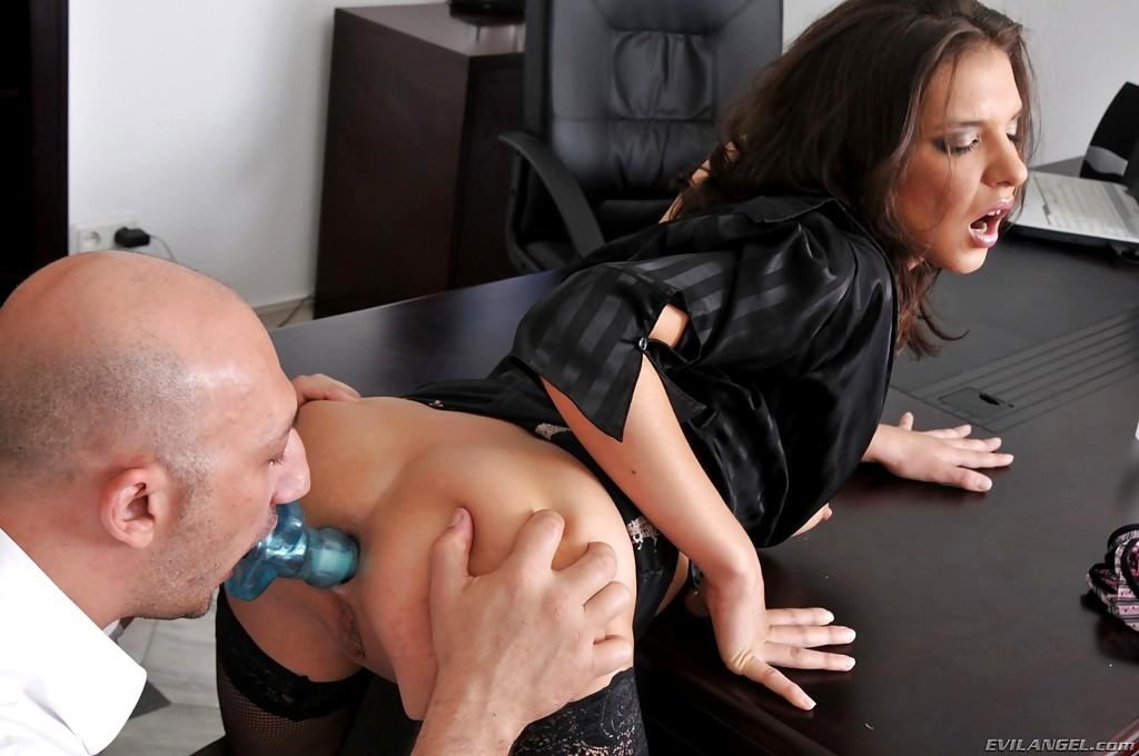 Смотреть секс директора на работе — photo 7