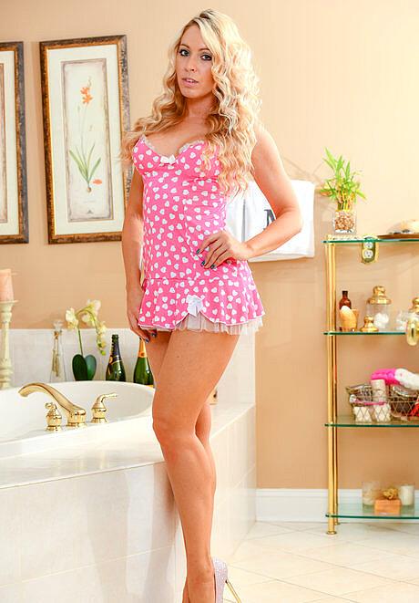 Cosmid Brooke Adams Molly Panties Porno Mobile Sex HD Pics