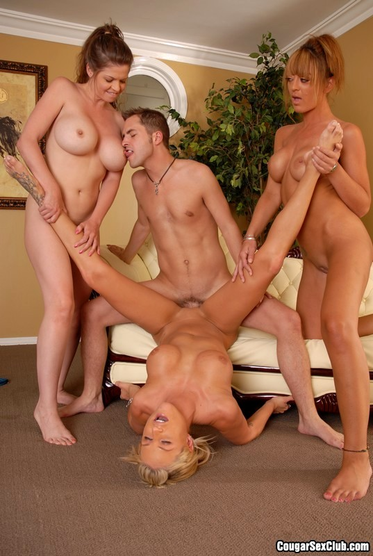 Babe thumbnail the cougar club naked cumshots movie