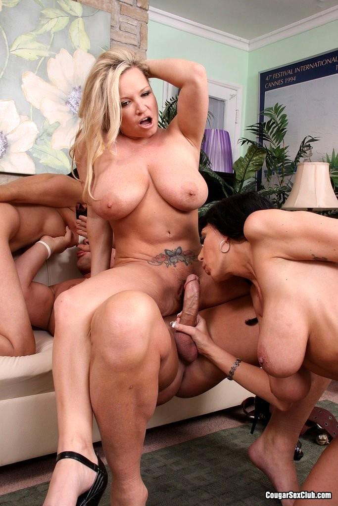 nude cougar porn