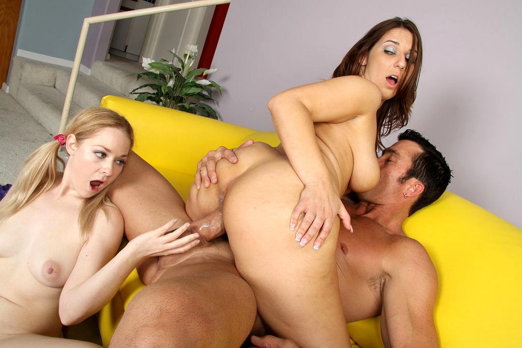 Fucking The Babysitter Porn Pics