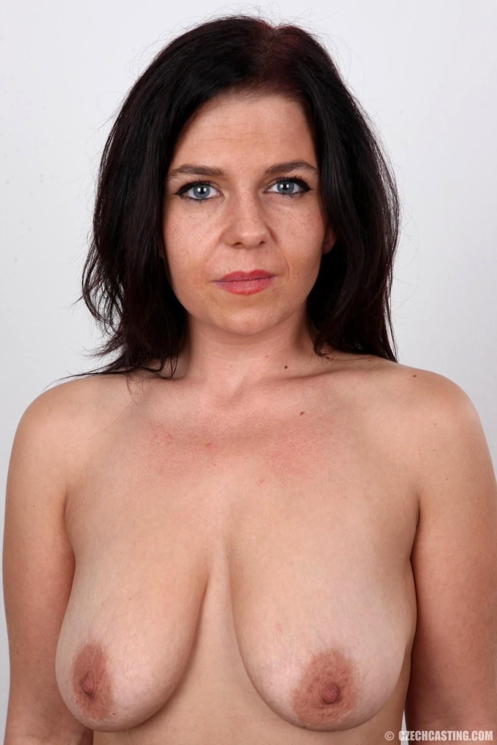 mature casting sexemodel nancy