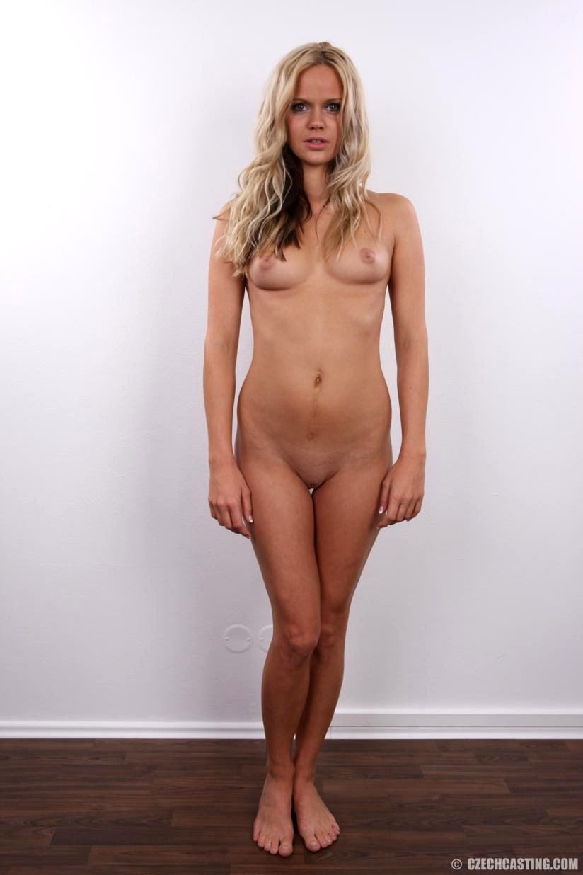 nude girl with saree