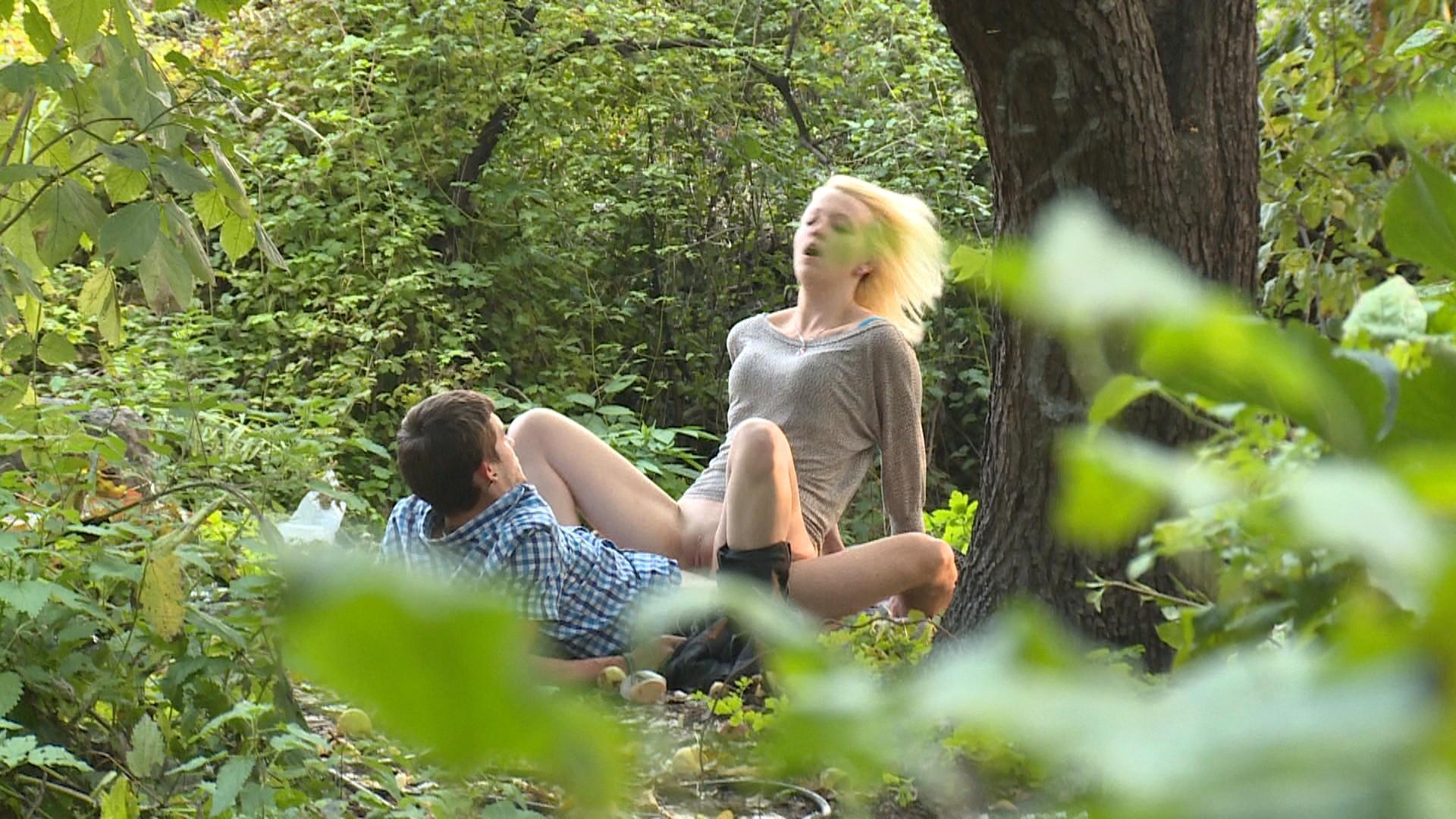полости рта подглядывания на природе видео смотреть онлайн обнажились