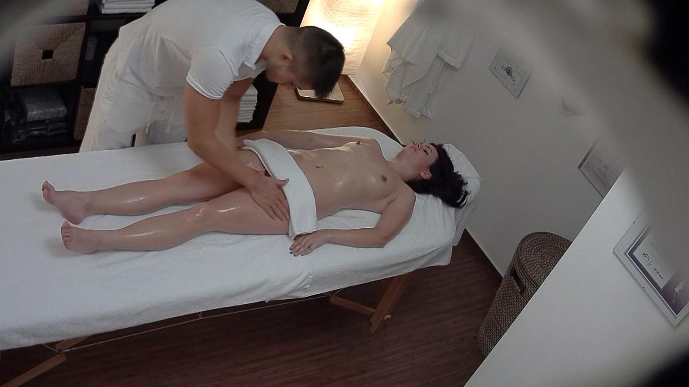 voyeour massage