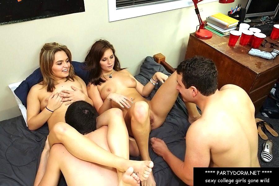 College Girls Naked Girls