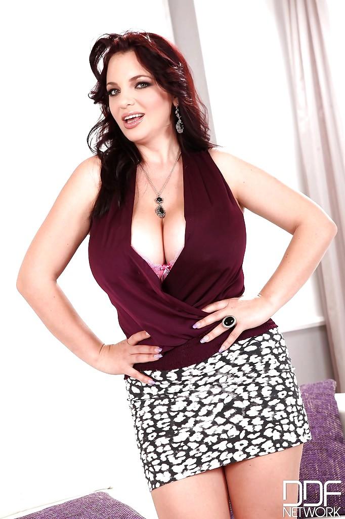 Ddf Busty Joanna Bliss Latest Ass Graphics Sex HD Pics