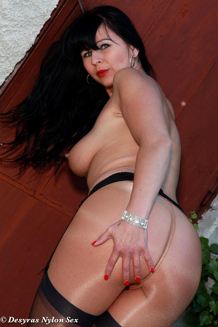 Hottest pantyhose sex blog