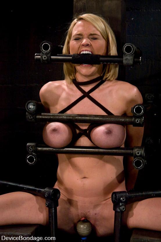 Porn sister fucks drunk brothers