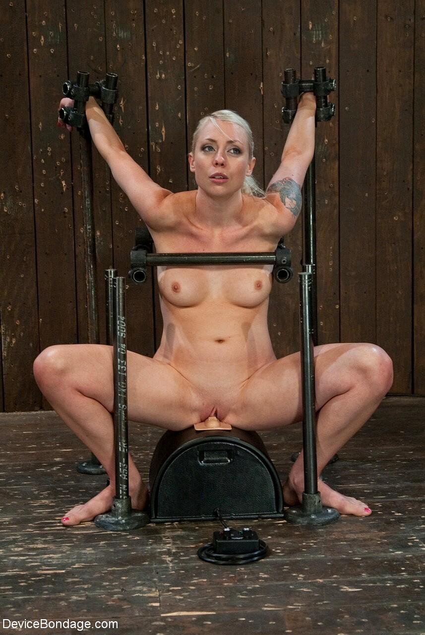 In bondage nackt Naked bondage,