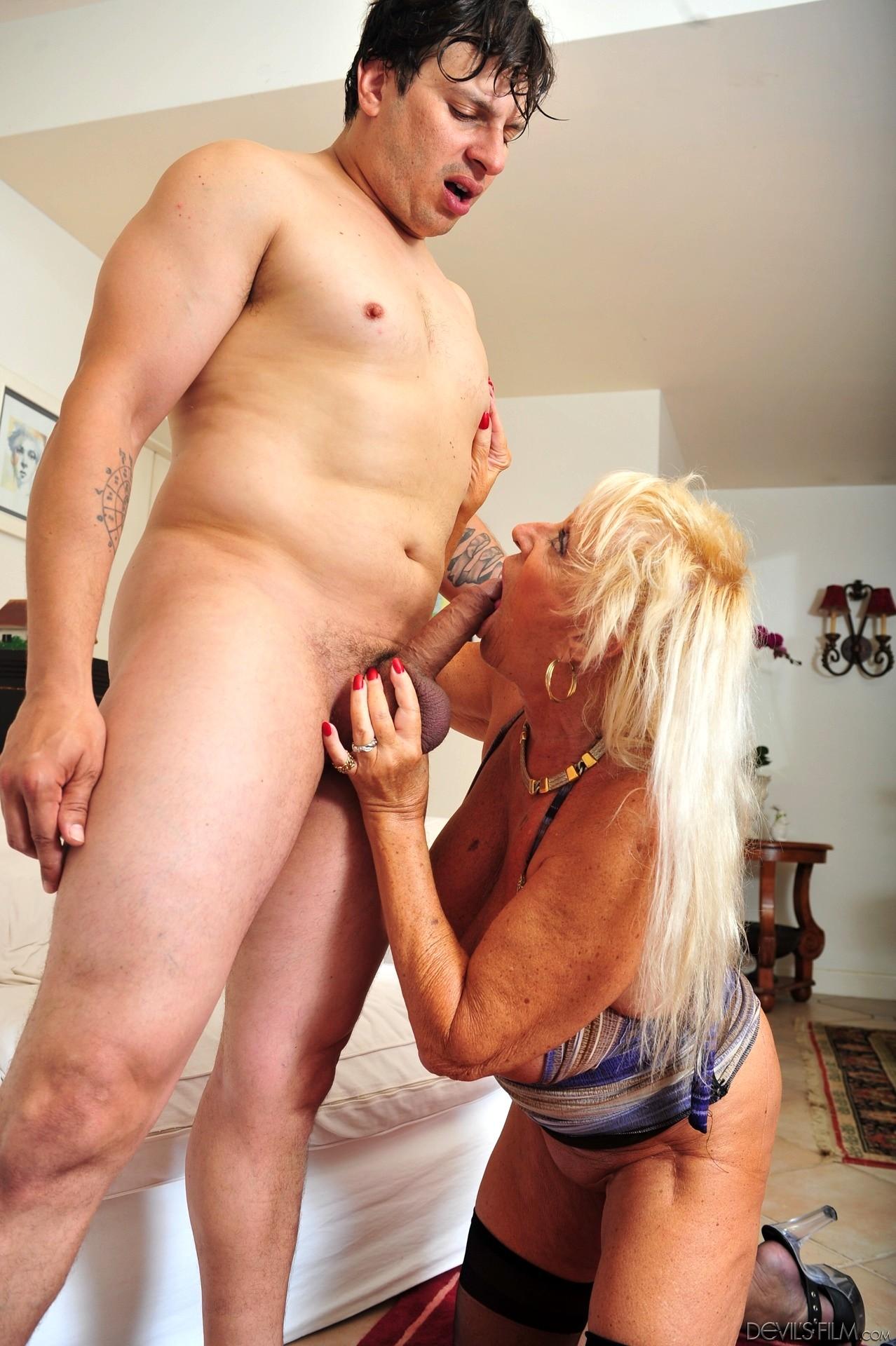 Devils Film Mandi Mcgraw High Level Granny Sexpartner Sex -4431