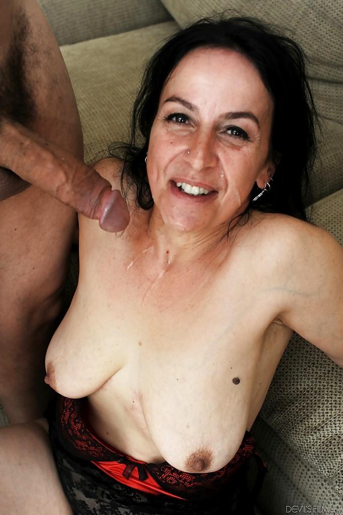 Porn stars jessica james and sarah jessie 8