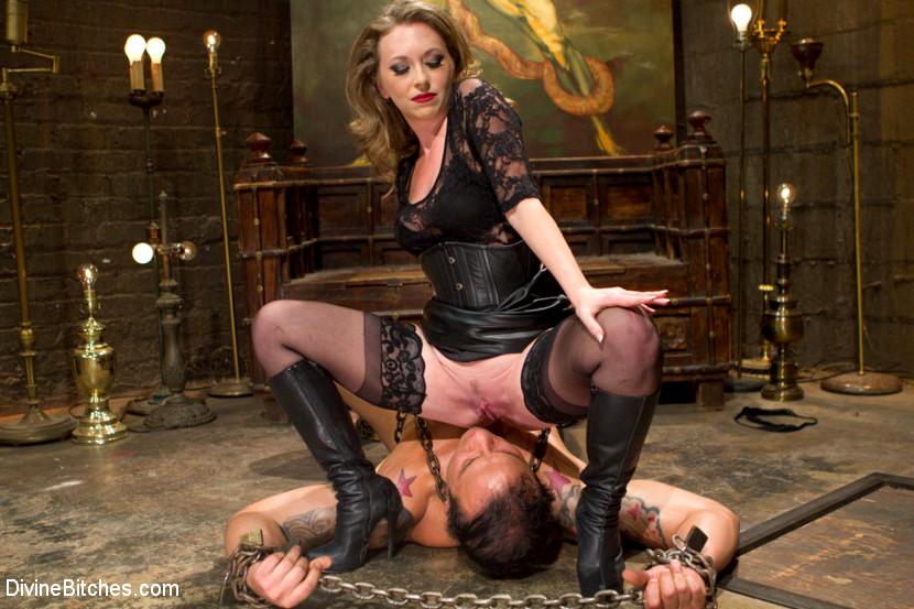 бедра прижимались приказы госпожи своему рабу порно сцены вовсе