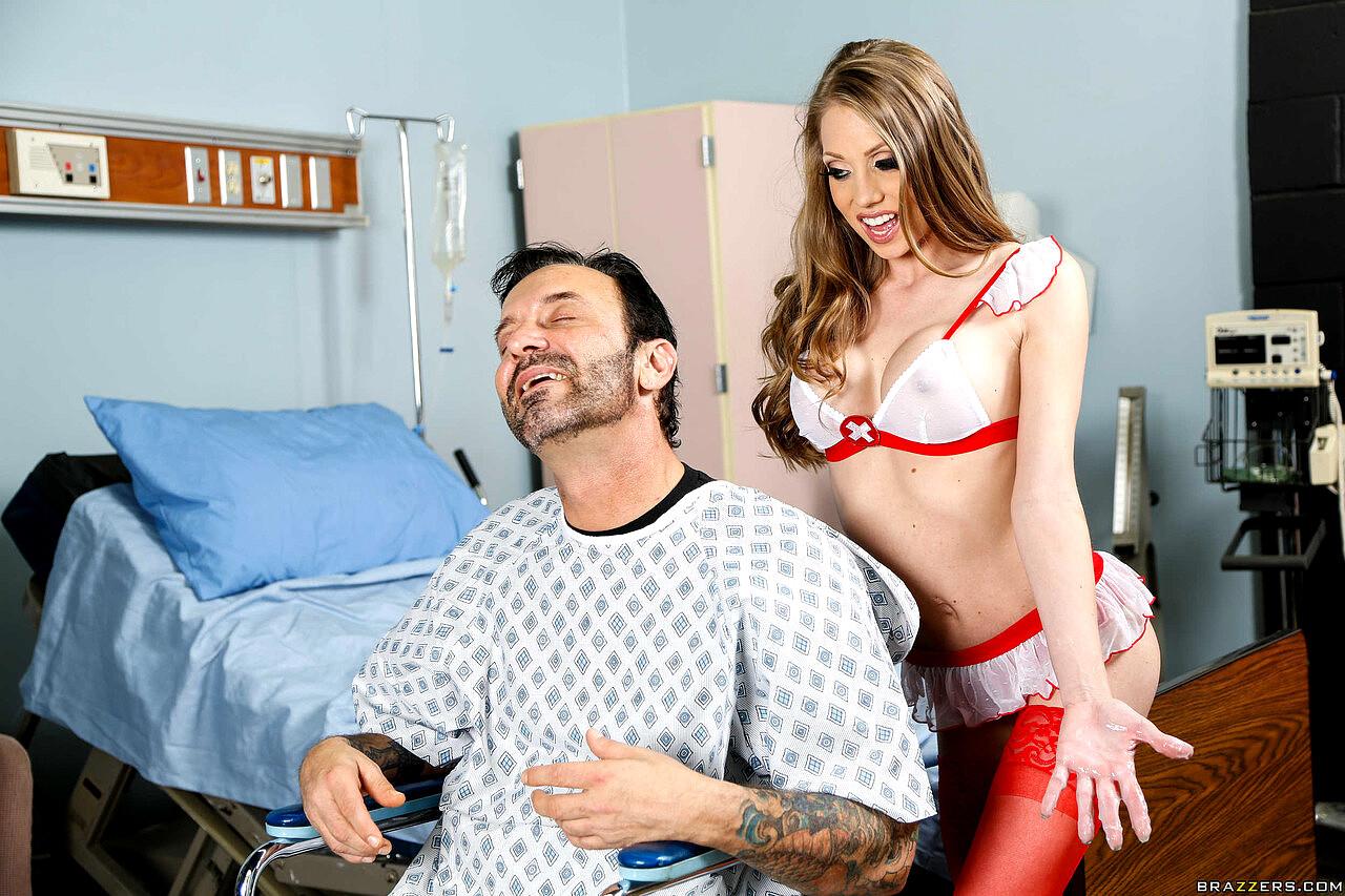 Jessica Valentino Giving A Handjob To Lucky Winner Mitch