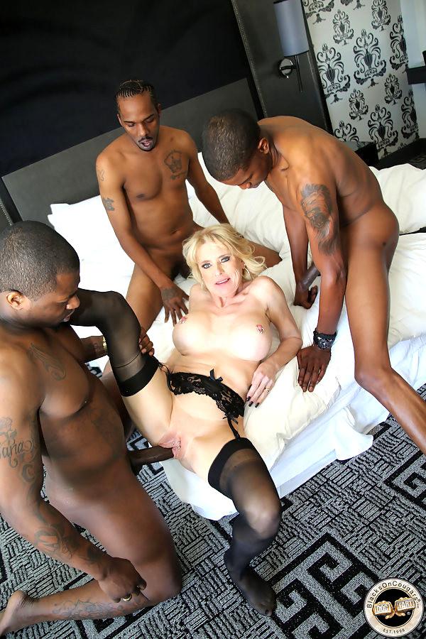 Matures and blacks porn